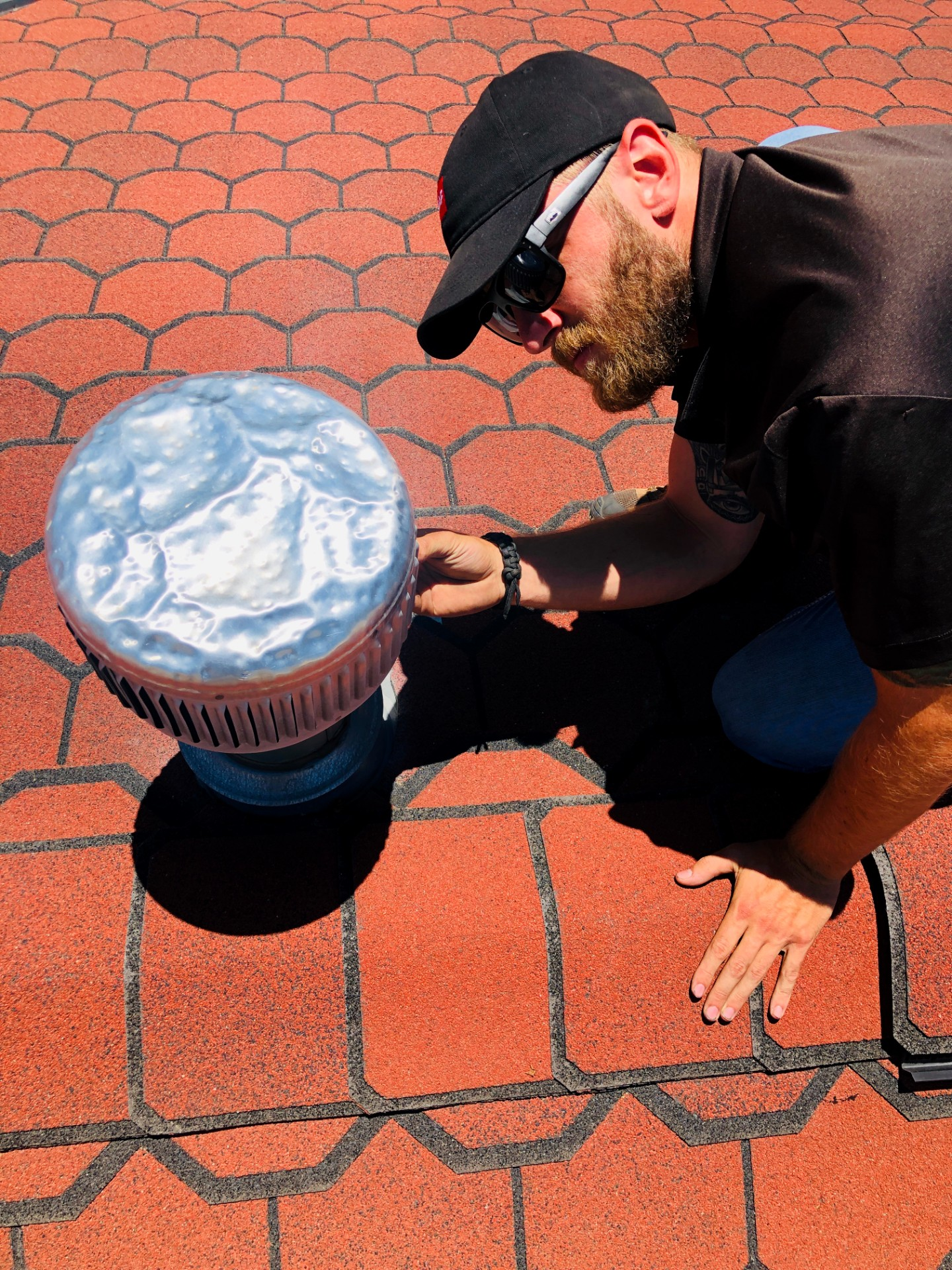 Inspecting roof vent